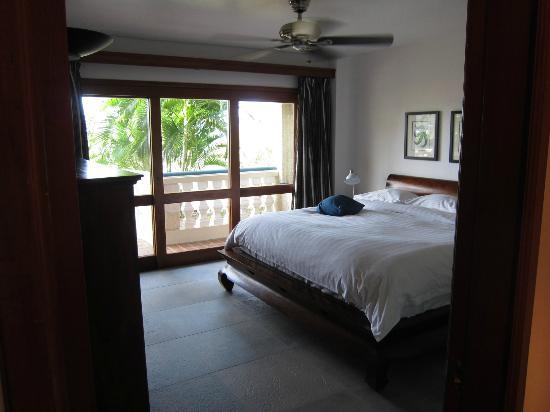 Hotel L'Esplanade: Bedroom on lower level