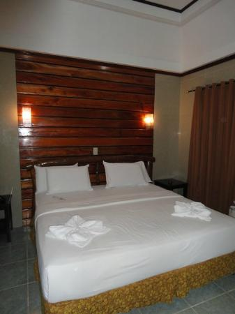 Dumaluan Beach Resort 2: Our room
