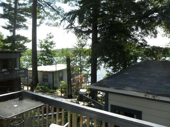 View from our cabin foto di lazy e motor inn weirs for Lazy e motor inn laconia nh