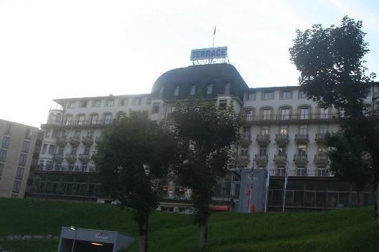 호텔 테라스 사진