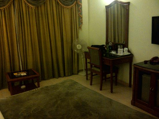 The Cedar Grand Hotel & Spa: Room