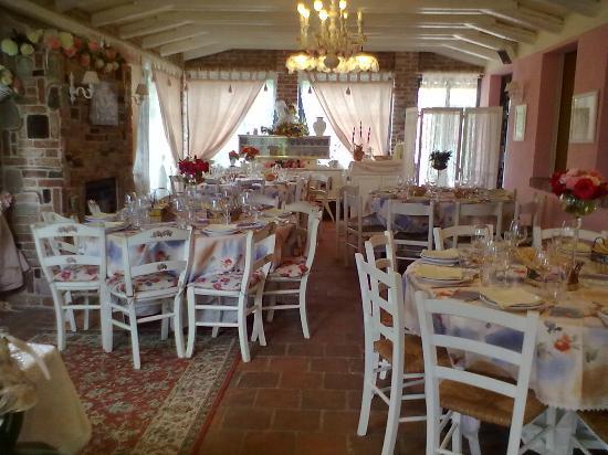 Il profumo delle Rose: Sala veranda