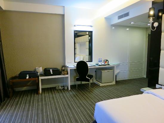 The Sterling Boutique Hotel Melaka: Dressing table