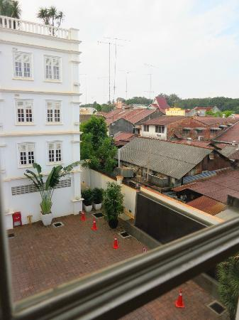 The Sterling Boutique Hotel Melaka: View from window of another side of wall