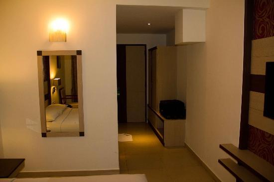 Poppys Hotel: Bed