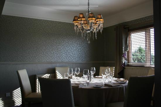 Edward's: Restaurant