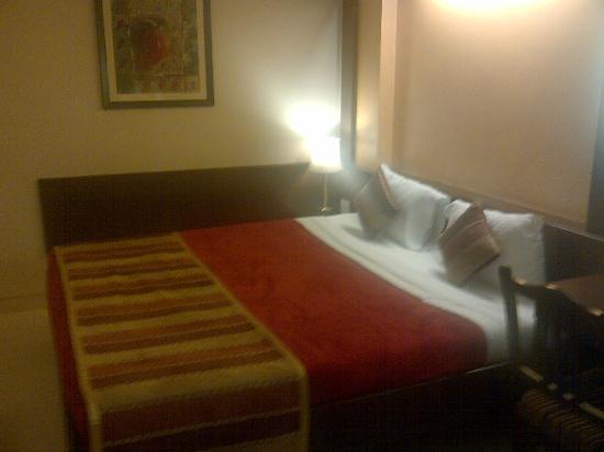 Avion Hotel: Bed