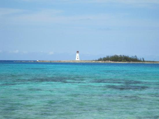 El Greco Hotel: Nassau Lighthouse - picture taken from balcony