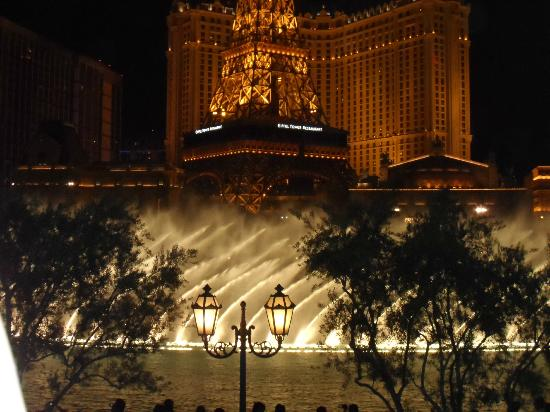 Alexis Park Resort: Belagio Fountains