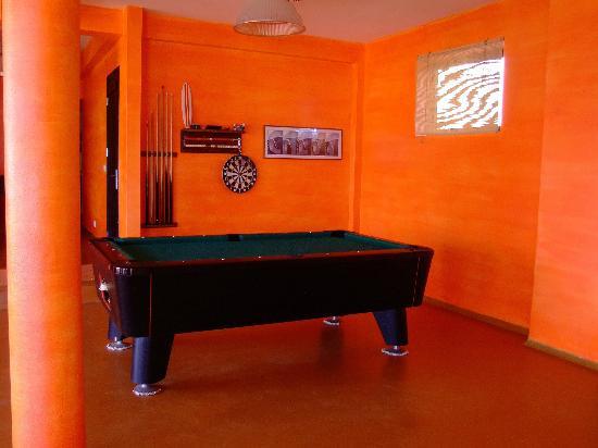 Surfactivity Guest House : Biliardo