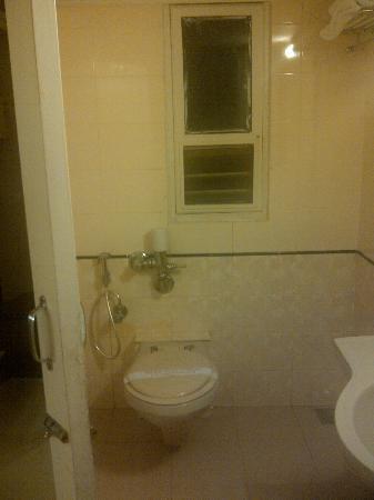 Avion Hotel: Bathroom