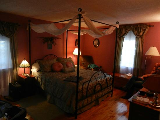 Blockhouse Hill Bed & Breakfast: Room (son)