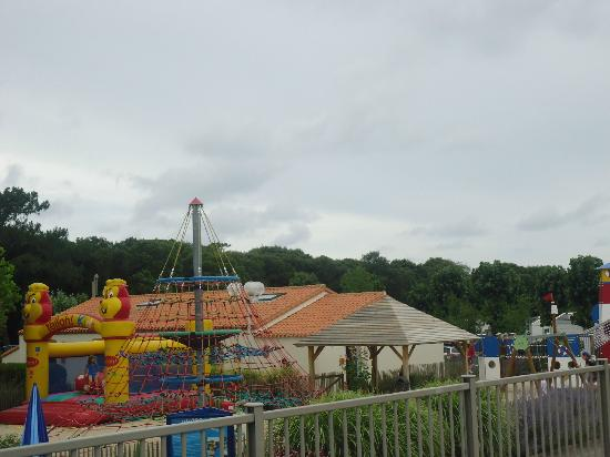 Camping Yelloh! Village Le Littoral : Kids Play Area
