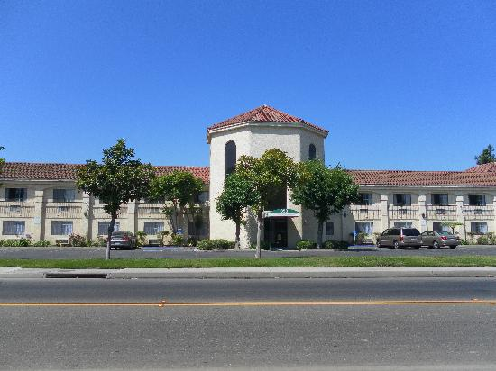 Photo of Ocean Gateway Inn Santa Paula