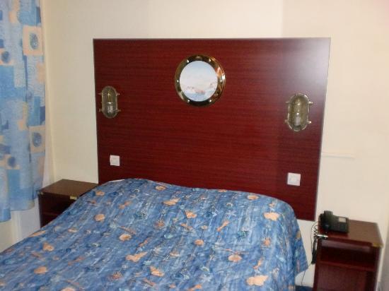 Les Gens de Mer Hotel : habitación