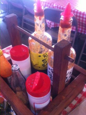 Rudy's: Salsas
