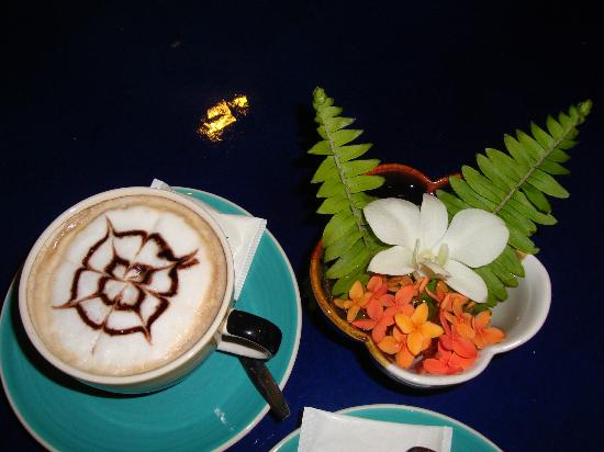 Cera Resort Chaam: A Cappuccino is never wrong