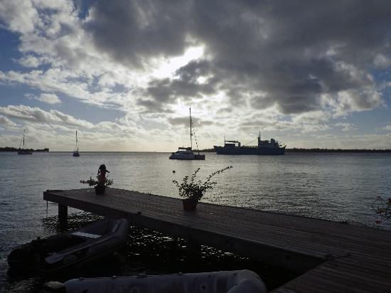 Bora Bora Yacht Club : ponton du Yatch Club!!!