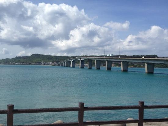 浜比嘉島からの見る大橋 - Picture of Hamahiga-jima Island, Uruma ...