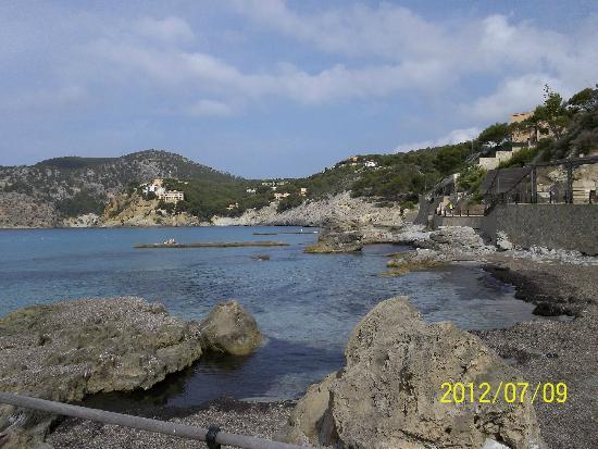 Grupotel Playa Camp de Mar : Bay nearby