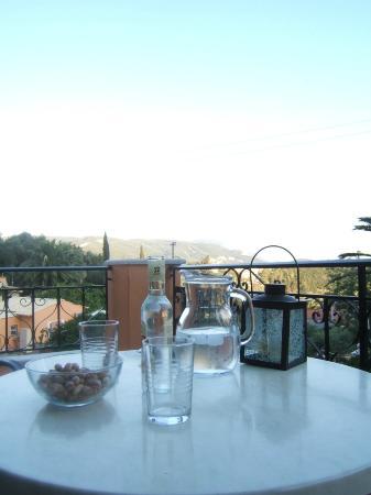 Rhea Complex: vista dal balcone