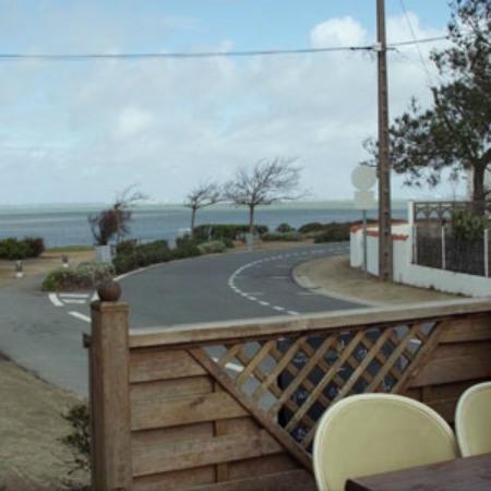 vue sur mer depuis la terrasse restaurant le petit mousse