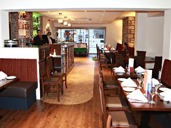 Bombay Lounge: Dinning Area
