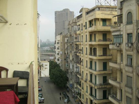 Cairo City Center Hotel: Mahmud Bossani caddesi