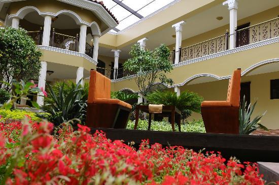 Hotel & Spa Casa Real: Jardín