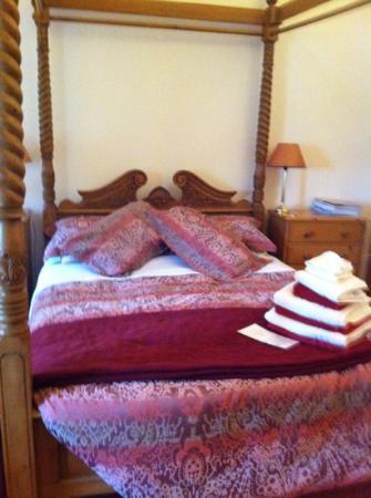 Wydon Farm B&B : our bed