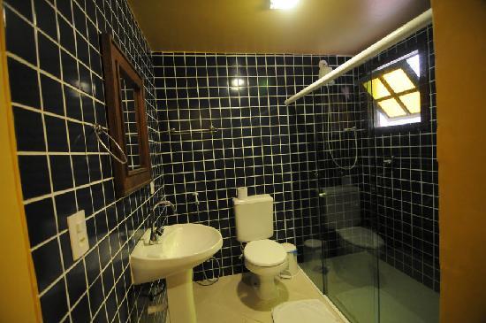 Pousada Alcobara: banheiros reformados e alto requinte