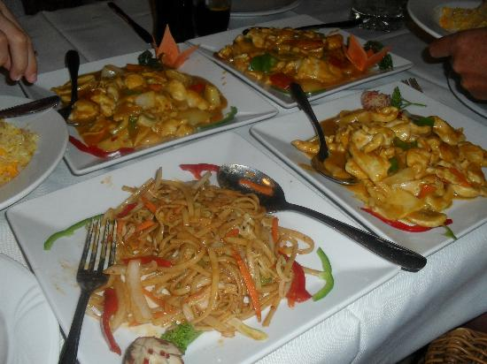 Slow Boat II : Chow Mein & Chicken Curry