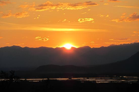 Knik River Lodge: Sunset