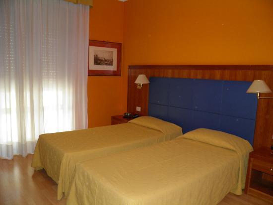 百靈諾酒店照片