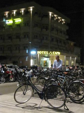 Hotel Capri: Capri Hotel vista notte