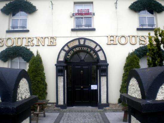 Ashbourne House Hotel : Traditional main street hotel.