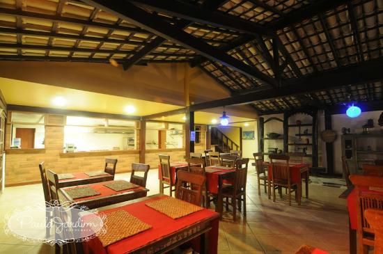 Pousada Alcobara: Salão de Café, almoço e jantar