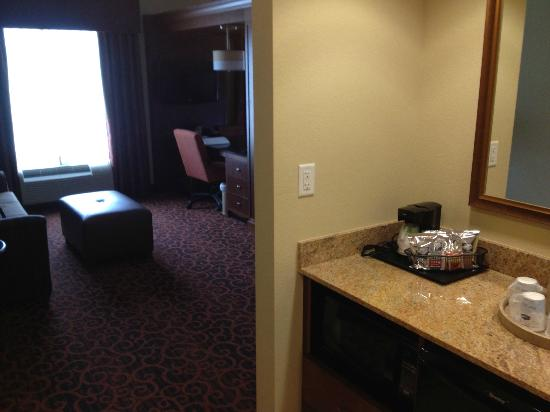 Hampton Inn & Suites Winston-Salem / University Area: Great entryway.