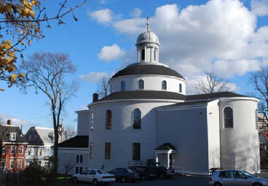 Halifax Titanic Historical Tours: St George's Round Church