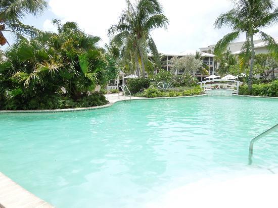 أوشن كلوب وست: Hotel pool 