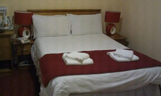 The Chesterhouse Hotel: double bed?