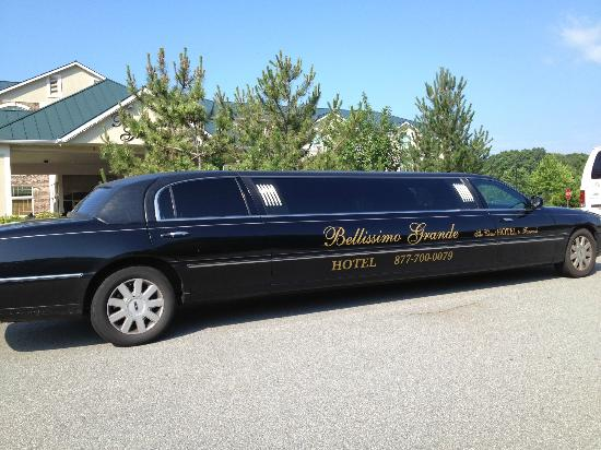 Bellissimo Grande Hotel: Ride from the Casino Sun night