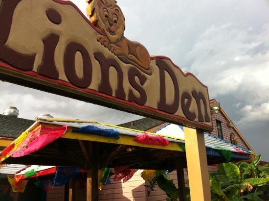 "El Leoncito Mexican and Cuban Restaurant : The Lions Den "" outside seating"""