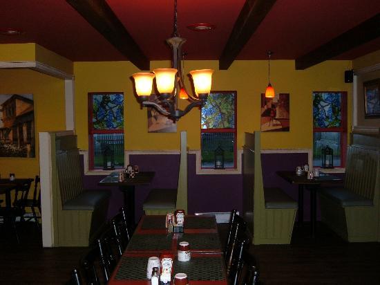 The Olive Tree: restaurant interior