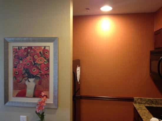 Homewood Suites by Hilton, Medford: great kitchenette for when you want to eat.