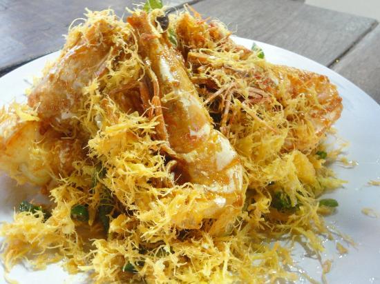 Bert's Garden Seafood Medan Ikan Bakar Batang Tiga: Buttered  Prawn