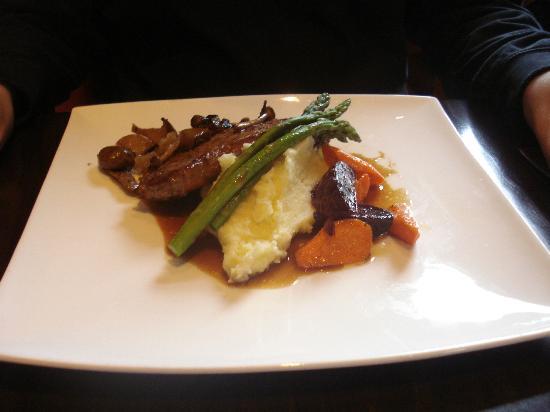 Brownstone Restaurant: Steak