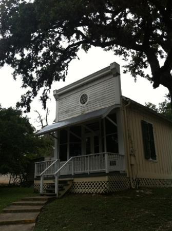 Kuhlmann-King Historical House: added surprise -- anither historic bldg