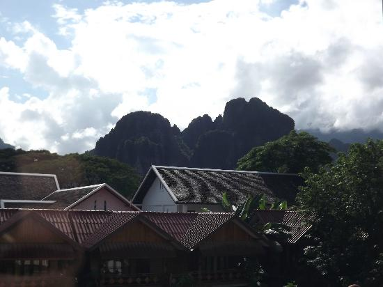 Vieng Thara Guesthouse : View from upstairs window