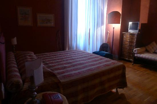Bed & Breakfast La Romea : red room